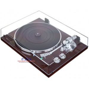 Akai BT500 Belt-Drive Turntable with Bluetooth